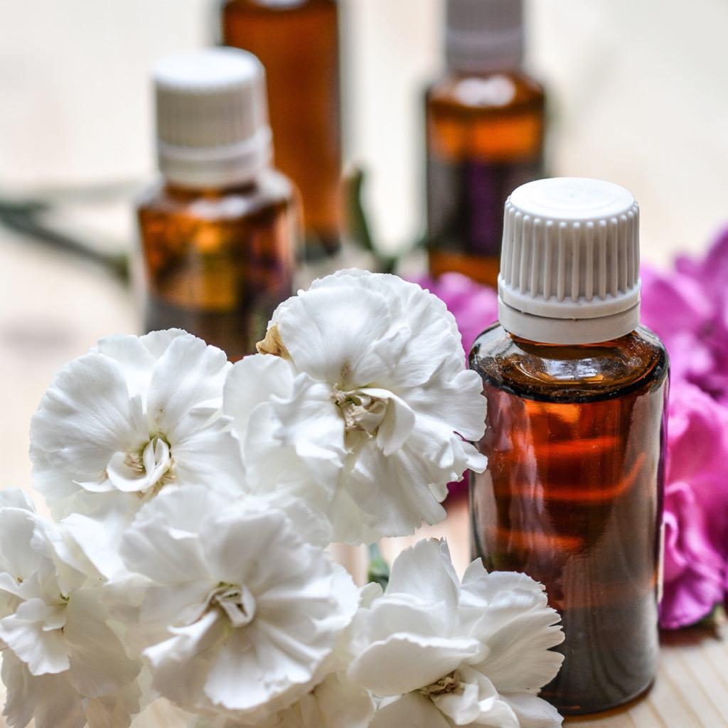 aceites-esenciales-para-cuidar-y-sanar-el-cuerpo